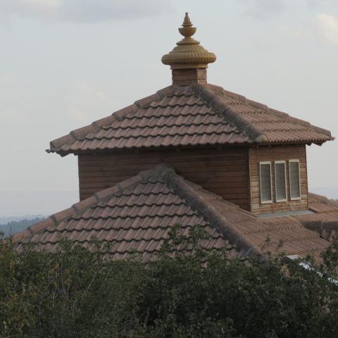 Mystic symbol on roof