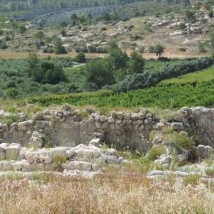 Solomonic wall