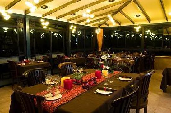 Decks Restaurant