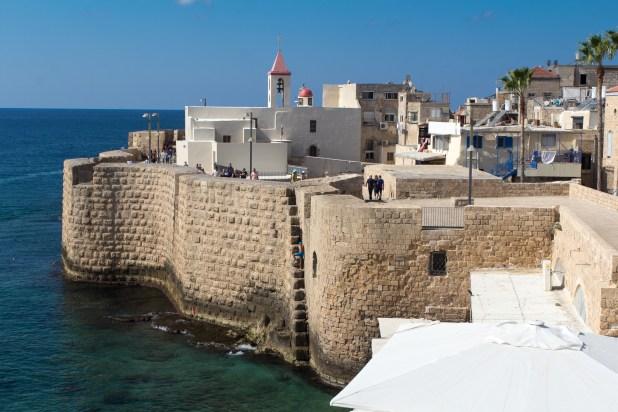 Acre's southern sea wall Photo: Oren Rozen - Akko Harbor