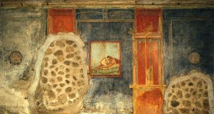 Southern wall of room 43 (Cubiculum) in the Casa del Centenario (IX 8,3) in Pompeii, 1st Century. Fresco of couple in bed. - John R. Clarke: Ars Erotica. Darmstadt: Primus 2009