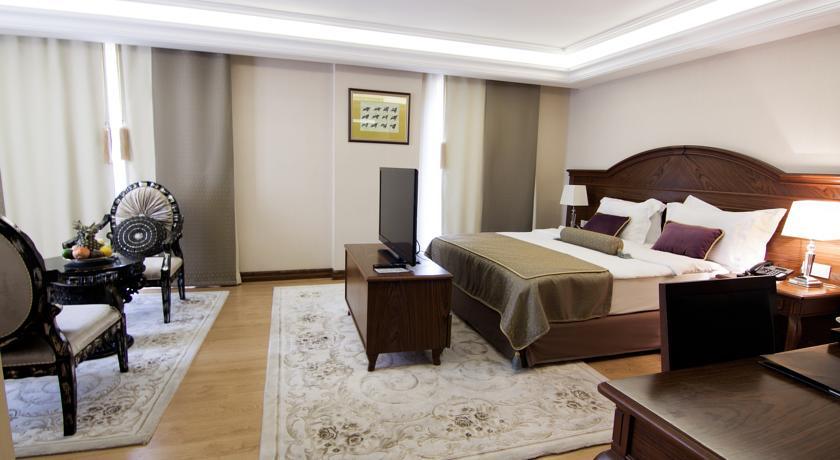 eurostars-hotel-old-city-55863590
