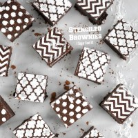 Stenciled Brownies {Tutorial Tuesday}
