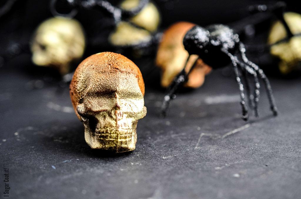 Aerated Milk Chocolate Skulls {Halloween}