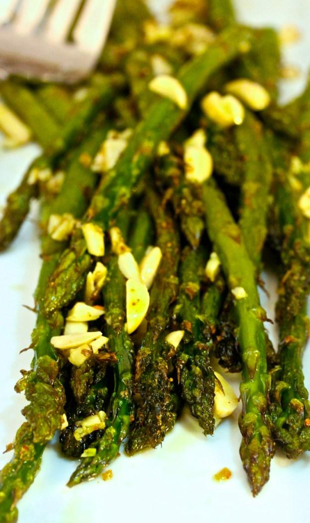 asparagus garlic almonds