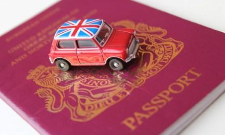 Come ottenere il passaporto britannico di un figlio minore