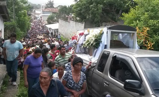 Funerali di Lesbia Urquía (Foto EFE)
