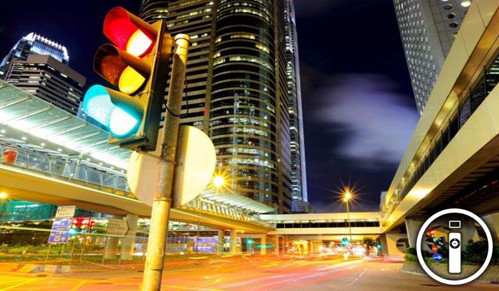 Auto che comunicano direttamente con i semafori, futuro possibile?