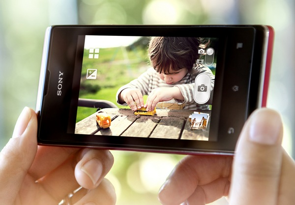 Sony Xperia E and E dual Affordable Smartphones live 2
