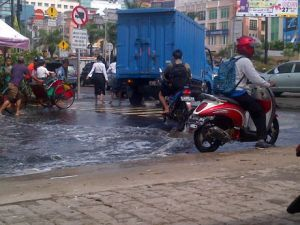 banjir_luar