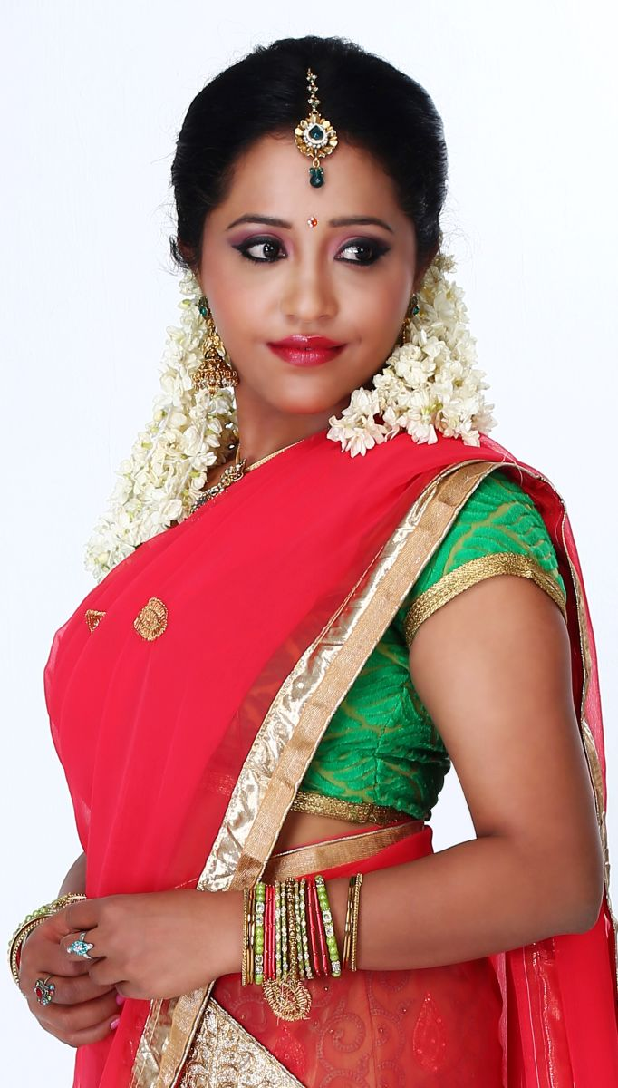 Actress Anusha Nair Pics (13)