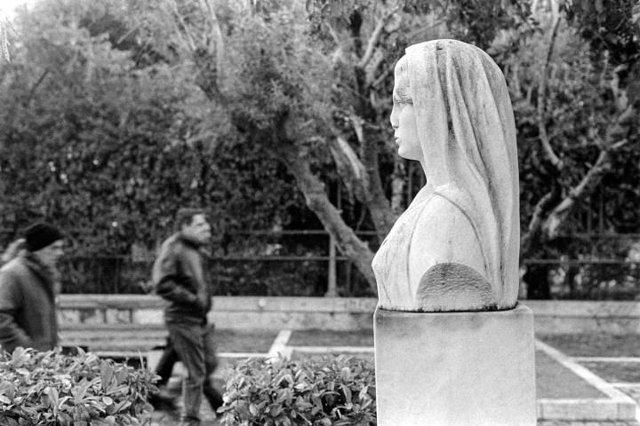 Broken Statue