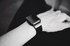 A smartwatch can do a lot of things (2)
