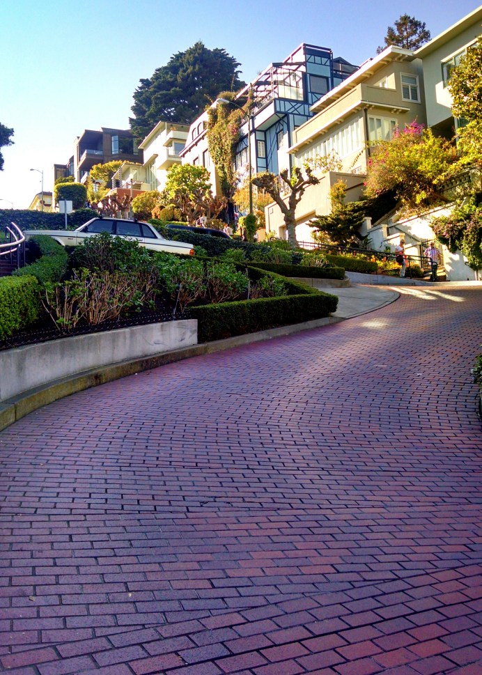 Bottom of Lombard St