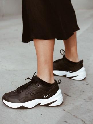 perfekte schwarze sneaker nike tekno jacqueline isabelle 2