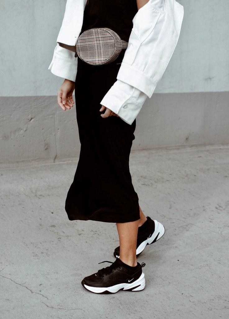 perfekte schwarze sneaker nike tekno jacqueline isabelle 1