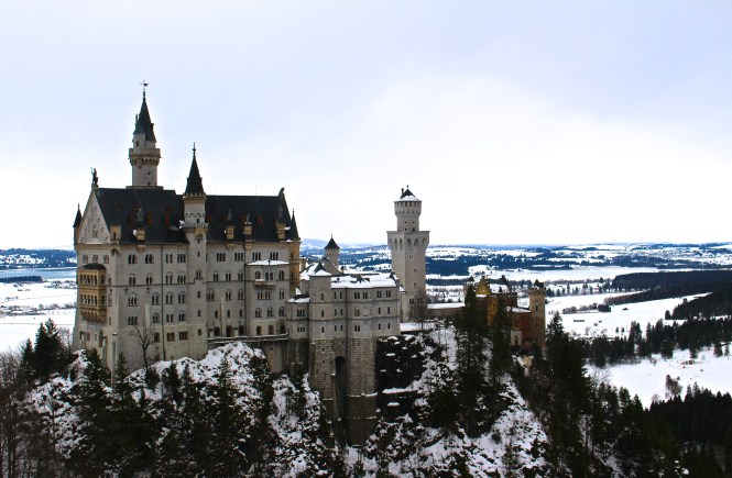 Neuschwanstein Castle: A Real Life Fairytale That You Should Visit This Winter!