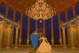 """Disney libera o primeiro trailer de """"A Bela e a Fera"""" com Emma Watson"""