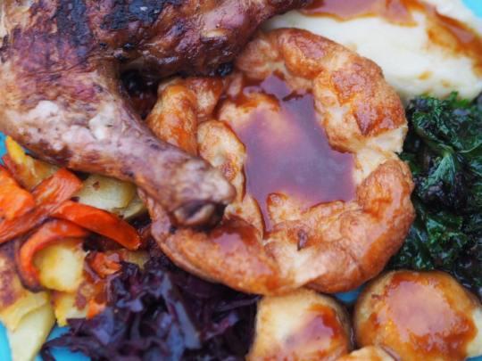 yeah-grills-roast-the-victoria