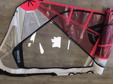 Voilerie J'ai cassé ma voile brest - réparation voile de windsurf changement de panneau monofilm Goya fringe réparée