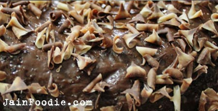 Jain Eggless Chocolate Cake