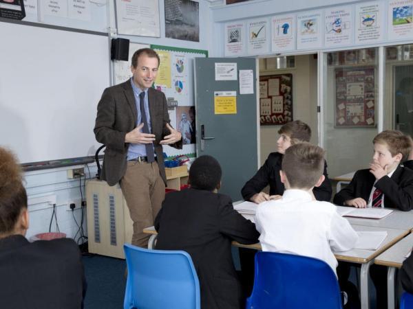 Crispin Bonham Carter, Mr. Bingley 1995, agora professor