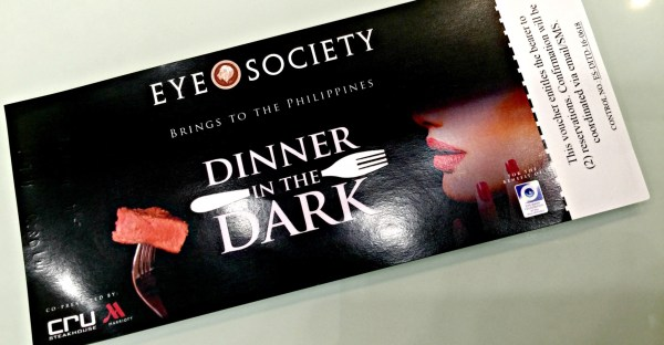 eye-society-dinner-in-the-dark-62