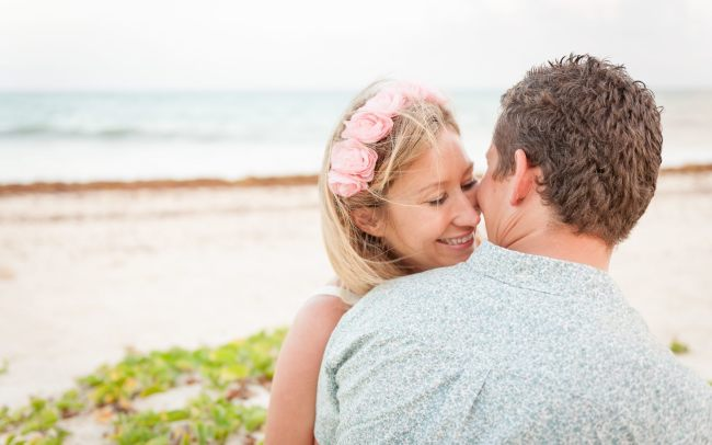 Tanya & Charles: This Aussie-Brit Couple Take it Easy in the Heart of Playa Del Carmen