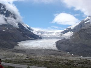 columbia icefields canadian rockies