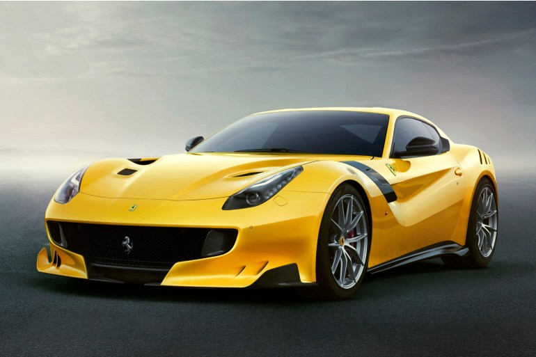 Nieuwe Ferrari F12 TdF Slide 2