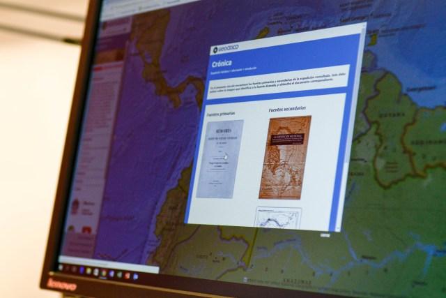 Geoatico permite al usuario encontrar información adicional a los trayectos de los expedicionarios, como las crónicas de los viajes, las fotografías de los lugares visitados, los elementos recolectados, etc.