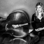 Bassistin Lisa-Rebecca Wulff erhält den IB.SH-JazzAward 2016 im Rahmen des Schleswig-Holstein Musik Festivals