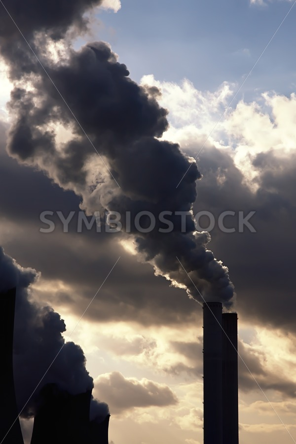 Power station polluting. - Jan Brons Stock Images