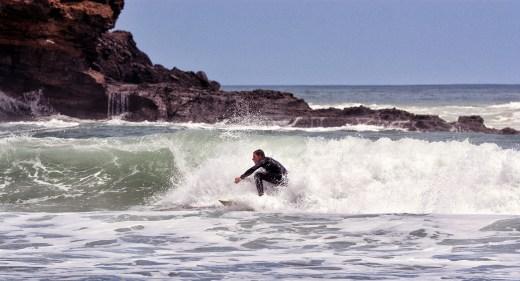 Surfing_Bethells_Beach-New_Zealand_DSC_2530_Small