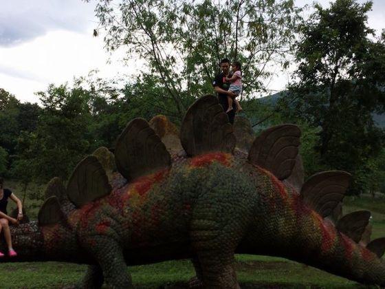 dinosor park phitsanulok
