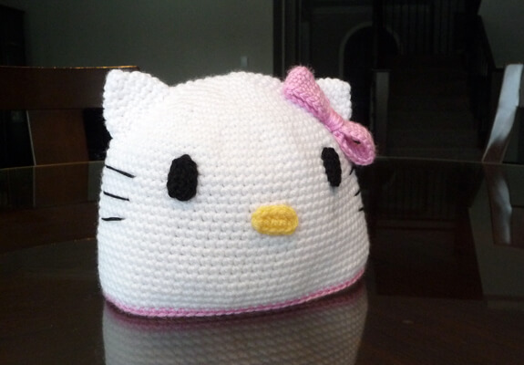 Free Crochet Pattern Hello Kitty Hat : 12+ Free Hello Kitty Crochet Patterns inspired