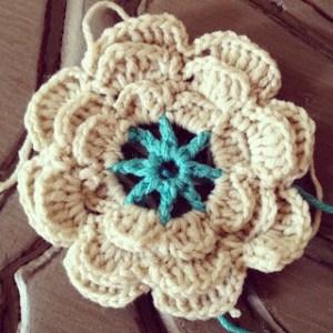 21. flower crochet 2 layer free pattern
