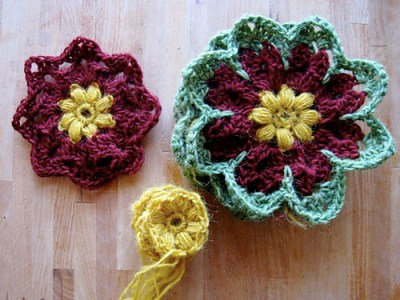 27. crochet octagon flower 8 petal 2layer easy free pattern.