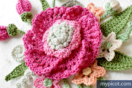 38. flower bouquet easy free crochet pattern