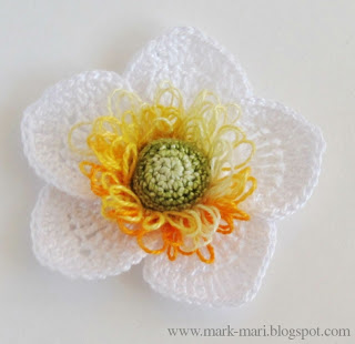 5.five petal easy crochet flower free pattern