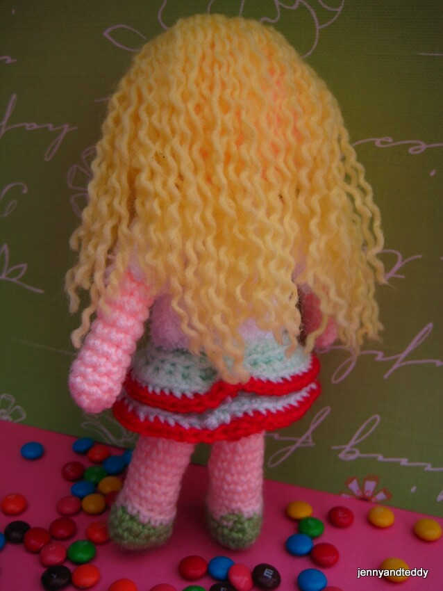 amy-girl-doll-free-amigurumi-crochet-pattern-jpg2