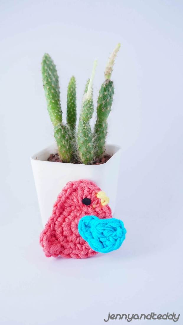 little small bird easy free crochet applique pattern for biginner