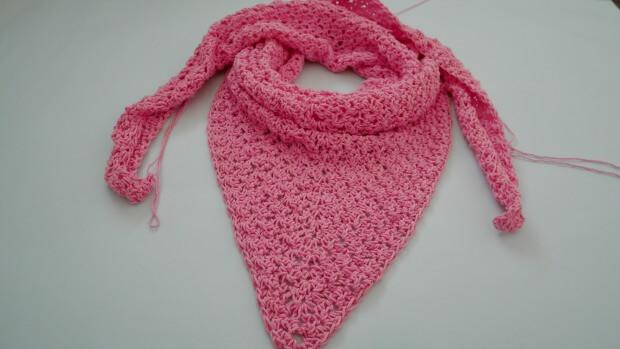 the weekend crochet triangle shawl beginner friendly
