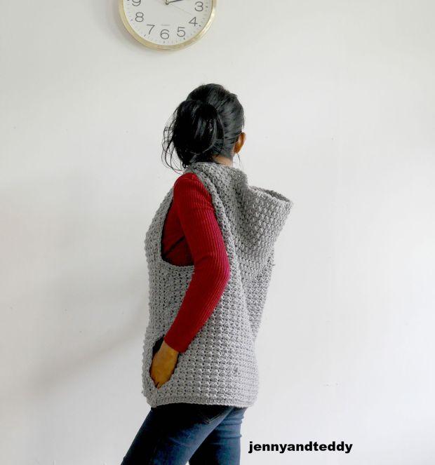 easy crochet hooded vest free pattern and tutorail
