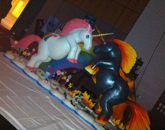 Sparklecorn Unicorn cake