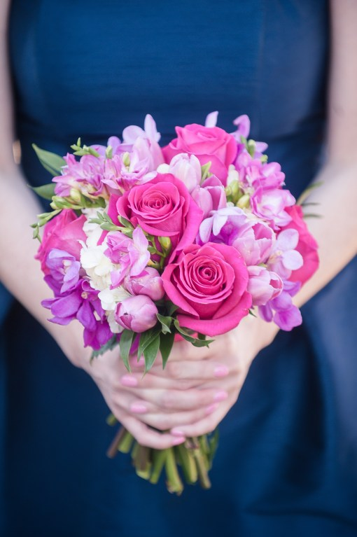 Union Station Tacoma Wedding || Photo: Genesa Richards Photography ||Pink Bouquet: Jen's Blossoms