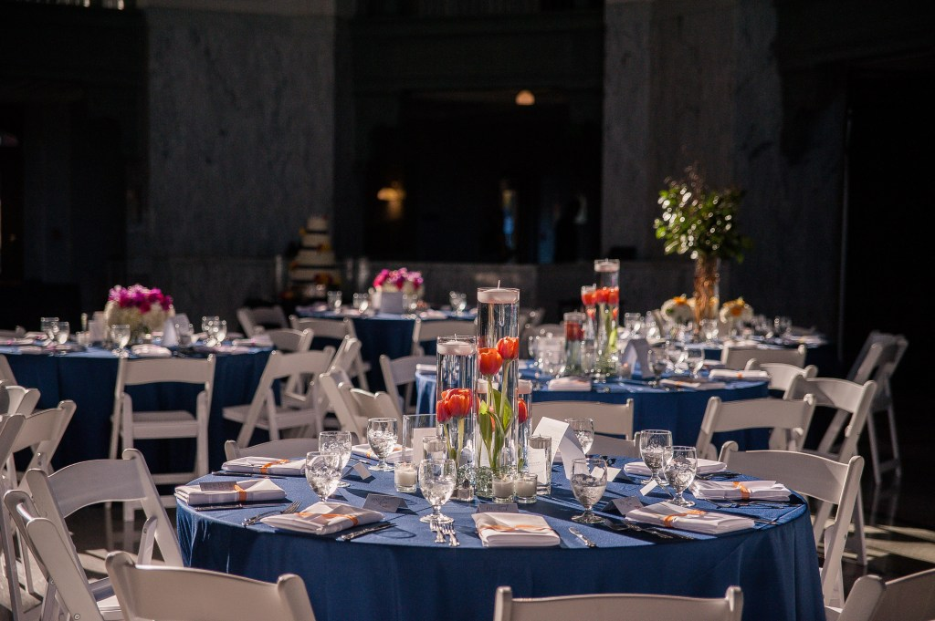 Union Station Wedding || Photo: Genesa Richards Photography ||Orange Table