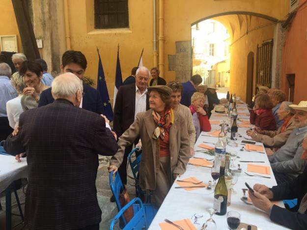 Déjeuner festif avec l'association Sou Fassum Grassenc 03