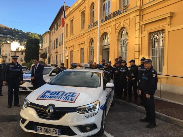 Livraison deux véhicules Renault Megane Estate pour la Police Municipale 02