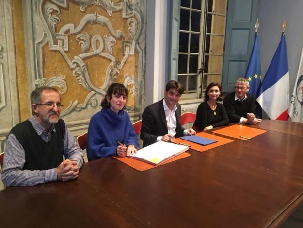 Signature de contrats en service civique avec l'Espace d'Art Concret de Mouans-Sartoux 02